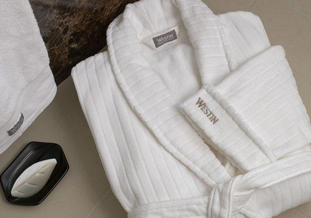 Consejos para prolongar la vida útil de la ropa de hotel